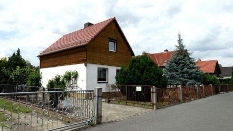 Kleines Haus, schöner Garten oder auch nur Bauland., 01259 Dresden, Einfamilienhaus