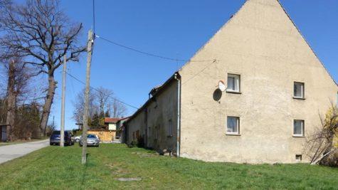 Haus mit großem ( Bau- ) Grundstück, 02747 Herrnhut, Landhaus